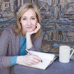 Scriitoarea J.K. Rowling va publica o carte pentru copii