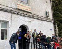 Brașovenii au așteptat-o cu flori, la spital, pe doctorul Andreea Moldovan, fostul secretar de stat