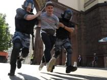 Rusia: Arestări masive după protestele susținătorilor lui Navalnîi