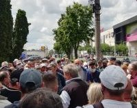 Arad: Angajații fabricii de vagoane cer 400 de lei în plus la salariu | AUDIO