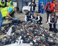 Transport masiv de deșeuri ilegale, oprit la intrarea în țară prin Giurgiu