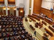 PSD a depus  la Camera Deputaților o moțiune simplă împotriva ministrului Cristian Ghinea