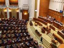 Senatorii au respins proiectul USR PLUS prin care se oferea zi liberă pentru vaccinarea anti-Covid