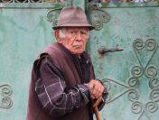 Cine pierde și cine câștigă din pensionarea opțională la 70 de ani și interdicția cumulării pensiei cu salariul