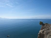 Peste 1.300 de români au fost păgubiți de o agenție de turism din Grecia. Suma totală ajunge la 450.000 de euro