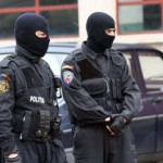 Poliţia Capitalei: Zeci de percheziţii într-un dosar de evaziune fiscală