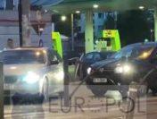 Incident violent în traficul din București: Un șofer este blocat și agresat cu o crosă de golf | VIDEO
