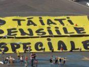 Manifestație în Piața Victoriei pentru tăierea pensiilor speciale | VIDEO