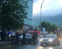 Șoferul care a ucis o femeie și l-a rănit pe soțul acesteia într-o stație de autobuz din Baia Mare a fost pus în libertate | AUDIO