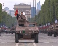 Ziua Franței, sărbătorită printr-o paradă militară de excepție, la Paris   VIDEO