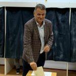 Virgil Guran, protagonist al unui moment hilar la alegerile pentru șefia PNL Vrancea: Răgușit, senatorul a vrut să consulte o colegă ginecolog   AUDIO