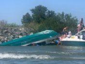 O ambarcațiune cu 18 persoane la bord s-a răsturnat pe brațul Sulina, în Delta Dunării | AUDIO