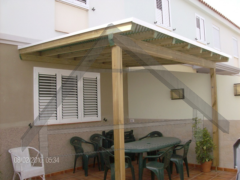 pergola with lattice - Atiwood