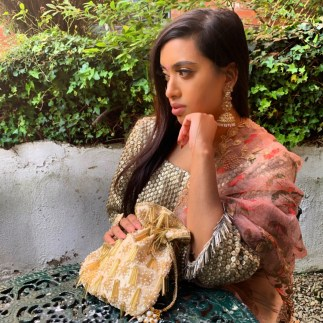 Golden Tassel Craze Potli Bag