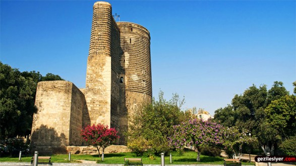 maidens tower in baku azerbaijan
