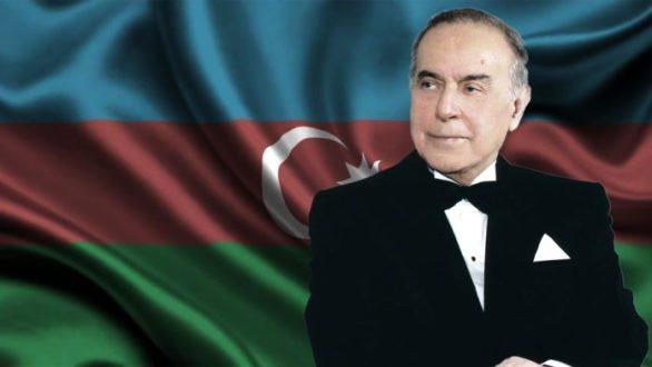 HAYDAR-ALİYEV-AZERBAYCAN-696×392