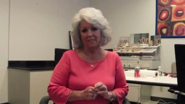 Paula Deen posts two apology videos to YouTube after admitting to using the N-word