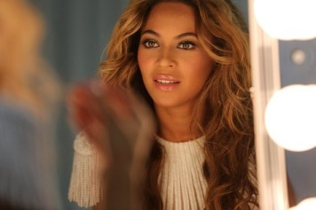 Beyonce rep claims new album is not late