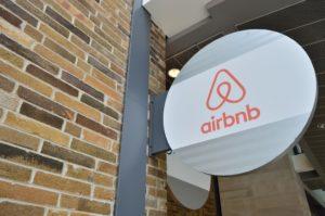 Airbnb (Flickr)