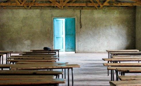 Empty_classroom_2.jpg