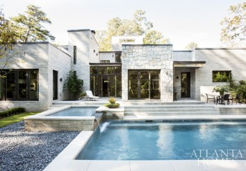 Landscape architect John Howard collaborated with architect Rodolfo Castro and builder Geoff Duncan to site the house in such a way that its steep lot, about one and a half acres, could accommodate a walk-out backyard with a pool, terrace and a generous amount of green space. The homeowners, both avid birders, worked with the Atlanta Audubon Society to certify their backyard as a registered wildlife sanctuary.
