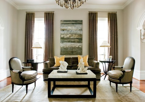 89) Led by Stephen Pararo, Pineapple House Interior Design created a luxurious living room by playing up the power of symmetry.