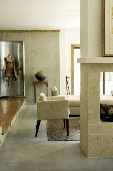 17) All of the objects in this living room by Jill Vantosh have a sculptural sensibility.