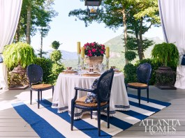 Lynn Monday, Monday's House of Design // Great Room Porch