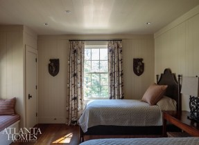 In a house that sleeps as many as 20, this light-filled guest room exudes warmth and respite.