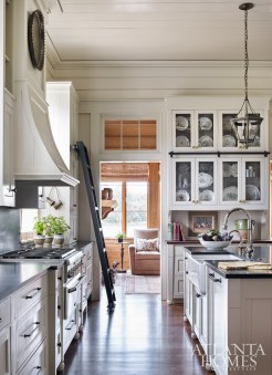 While the rooms feature some degree of separation similar to older homes, carefully conceived visual sightlines—like the kitchen to den—create flow.