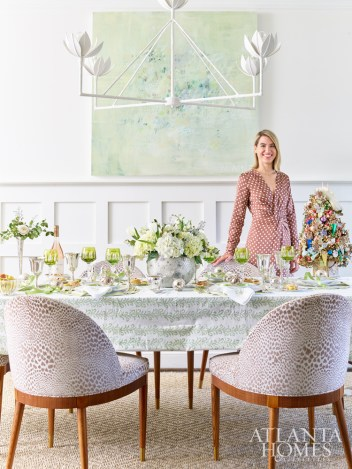 Interior designer Clary Bosbyshell cultivated a fresh-meets-festive feel in her party-ready dining room.