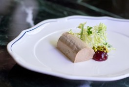 Chicken liver mousse with Sicilian pistachio, port and strawberry.