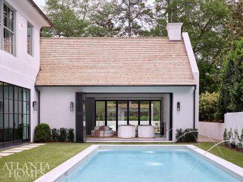 pool with pool lounge