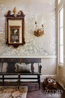 foyer bench with wallpaper