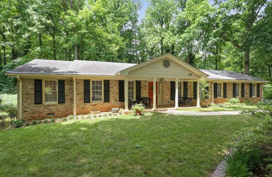 3/2 on 1 acre for sale in Embry Hills