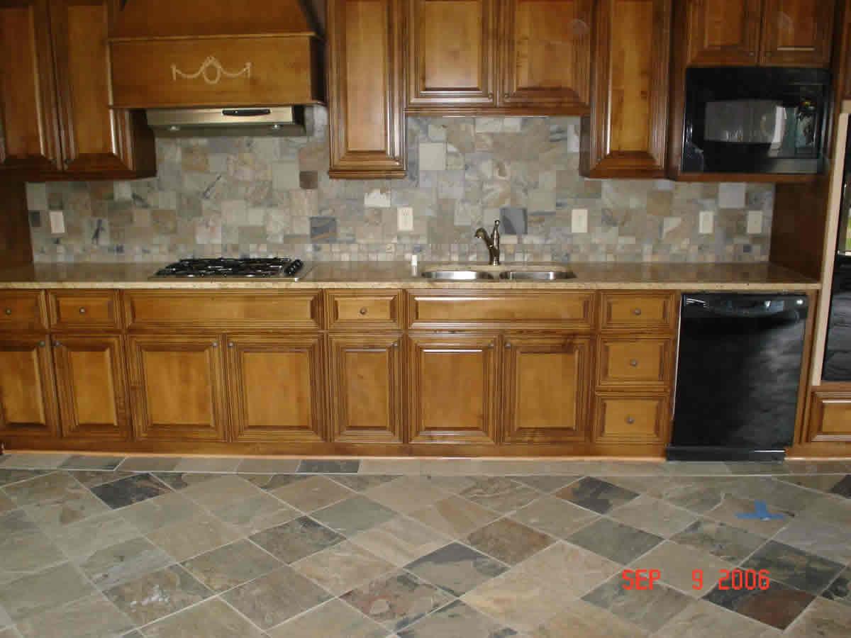 Pictures of ceramic tile kitchen backsplash. 1000 images about ...