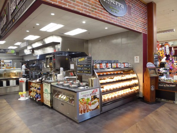 Low Profile Hot Grab & Go Chicken Merchandiser with 6-Well Soup Station WRGCL9637 SW6030 1