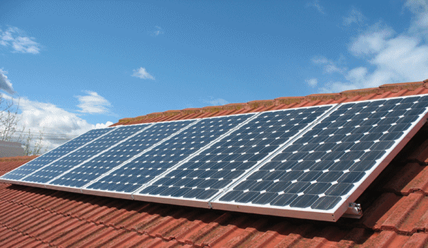 Fashola advised Nigerians to invest in solar energy,