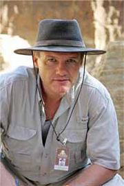 """Abb. 2 Dr. Semir """"Sam"""" Osmanagich, der Entdecker der bosnischen Pyramiden."""
