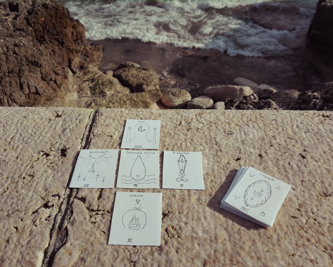 Tarot de bolso - atlas do ser o tarot para o dia a dia simplificado e simbólico