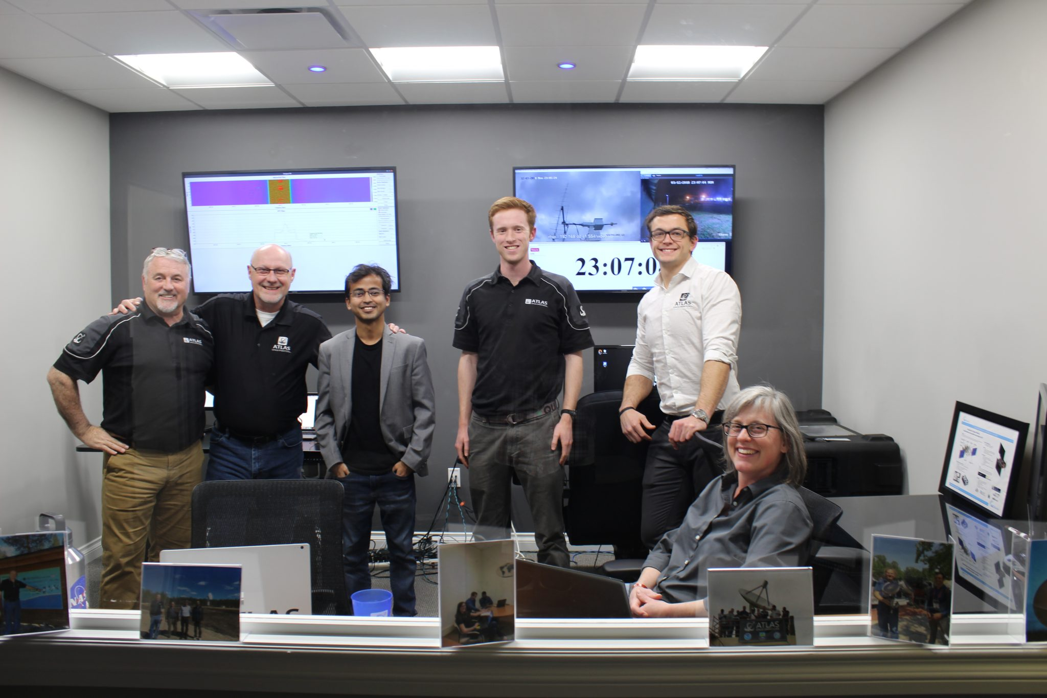 ATLAS Ops Team In Network Operations Center