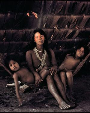 7 Huaorani - Jimmy Nelson