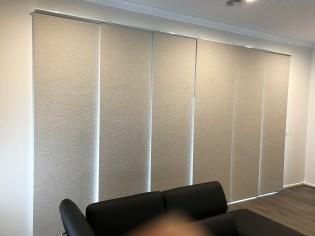 Panel blind