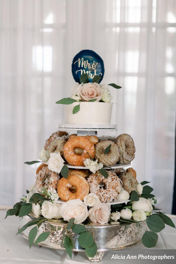 Donut Wedding Cake.Wedding Dj Atmosphere Productions Donut Wedding Cake