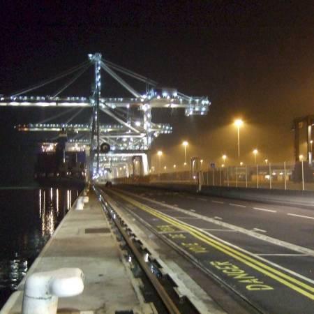 port crane on rails
