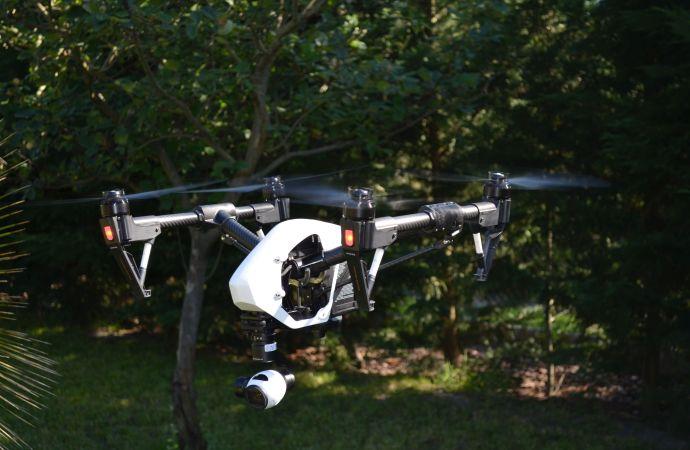 4K drón légi film, fénykép, akár beltérben
