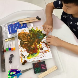 Can messy play be less messy?