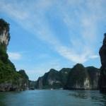 Bahía de Halong, cómo contratar un crucero y no morir en el intento (Vietnam)