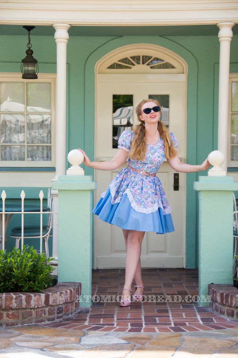 a1ab96e3e8 Last Sunday was spring Dapper Day at the Disneyland Resort. Recently I have  scored some amazing vintage square dancing dresses