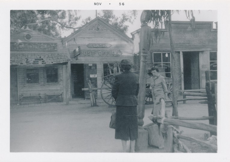 A black and white photo of the post office.